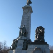 statue-mont-royal-george-etienne-cartier